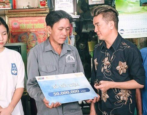 Đàm Vĩnh Hưng trần tình việc dùng 140 triệu từ thiện miền Trung sửa chùa gây tranh cãi